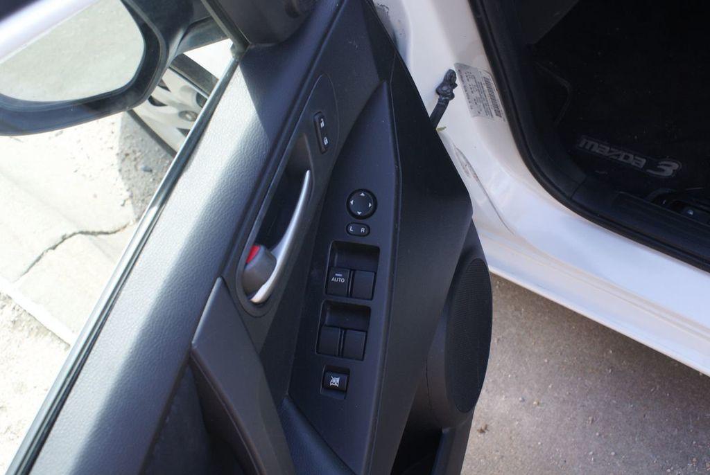 2012 Mazda Mazda3 4dr Sedan Automatic i Sport - 14976529 - 35