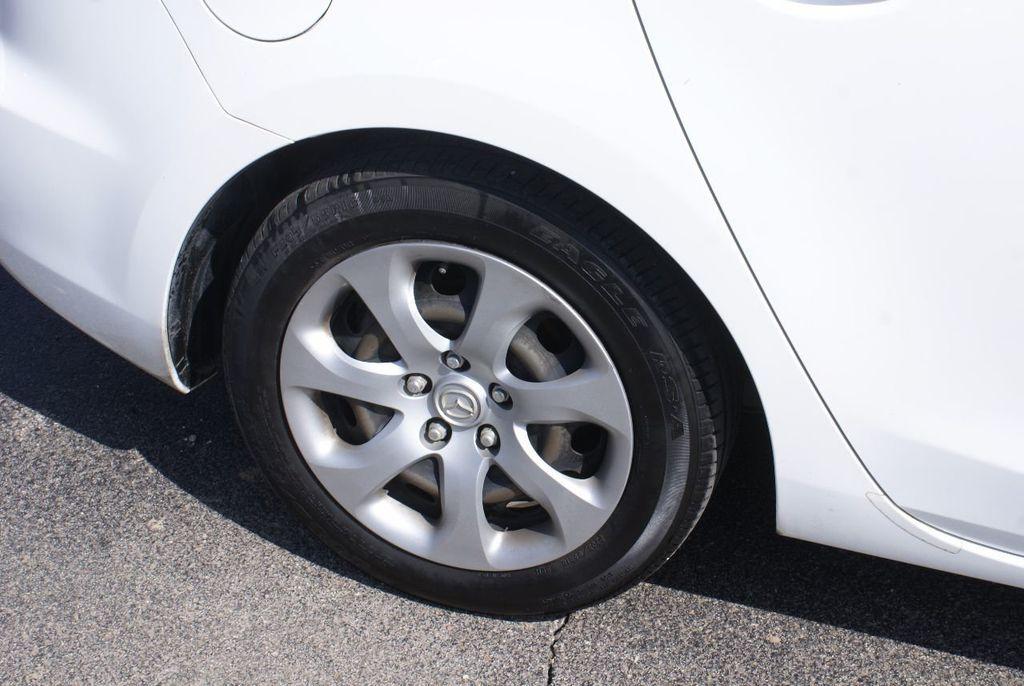 2012 Mazda Mazda3 4dr Sedan Automatic i Sport - 14976529 - 37