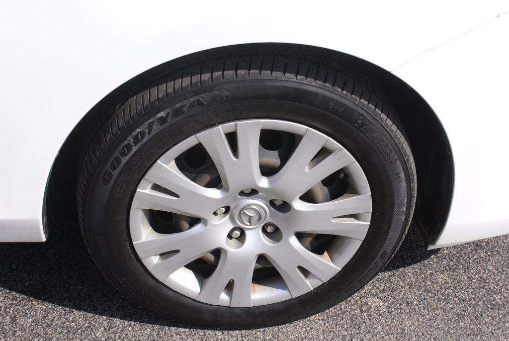 2012 Mazda Mazda3 4dr Sedan Automatic i Sport - 14976529 - 38