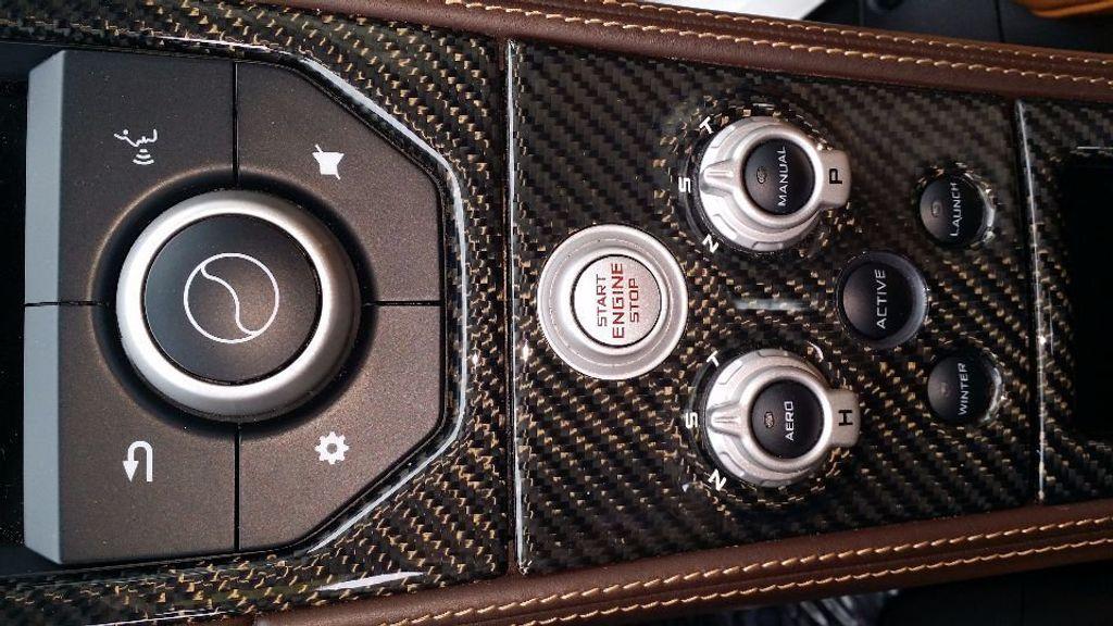 2012 McLaren MP4-12C Coupe - 15610711 - 14