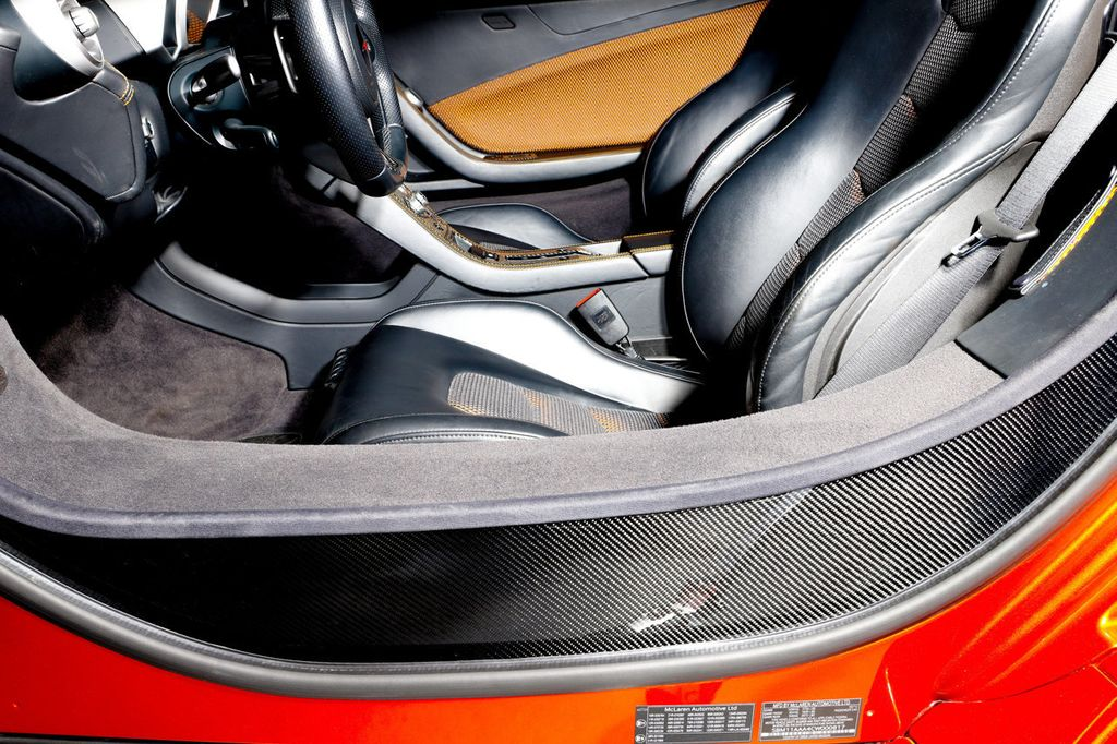 2012 McLaren MP4-12C **RARE VOLCANO ORANGE** - 18086818 - 34