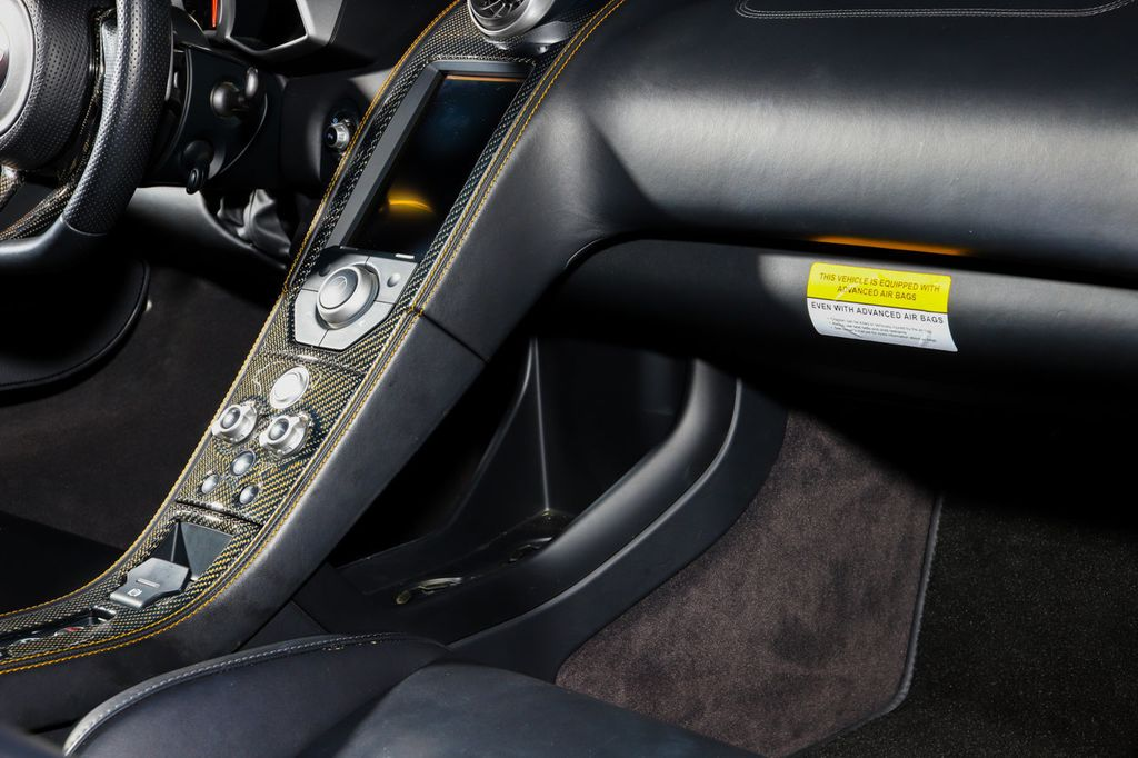 2012 McLaren MP4-12C **RARE VOLCANO ORANGE** - 18086818 - 54