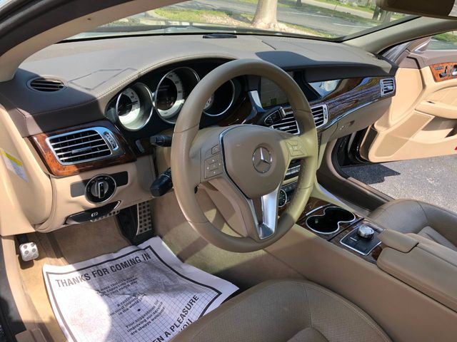 2012 Mercedes-Benz CLS CLS550 - Click to see full-size photo viewer