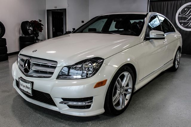 2012 Mercedes Benz C Class 4dr Sedan C300 Sport 4MATIC
