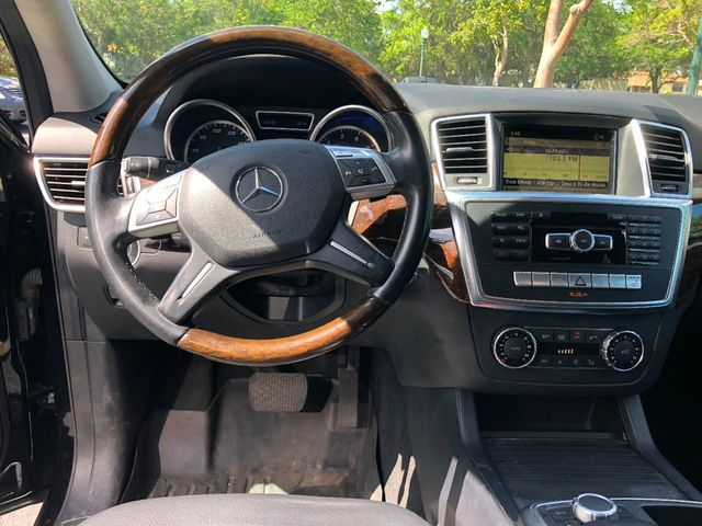 2012 Mercedes-Benz M-Class 4MATIC 4dr ML 350 - Click to see full-size photo viewer