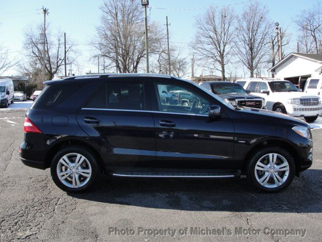2012 Mercedes-Benz M-Class ML 350, 4MATIC, LEATHER, SUNROOF, NAV, BACK UP CAM, HEATED SEATS - 17226835 - 3