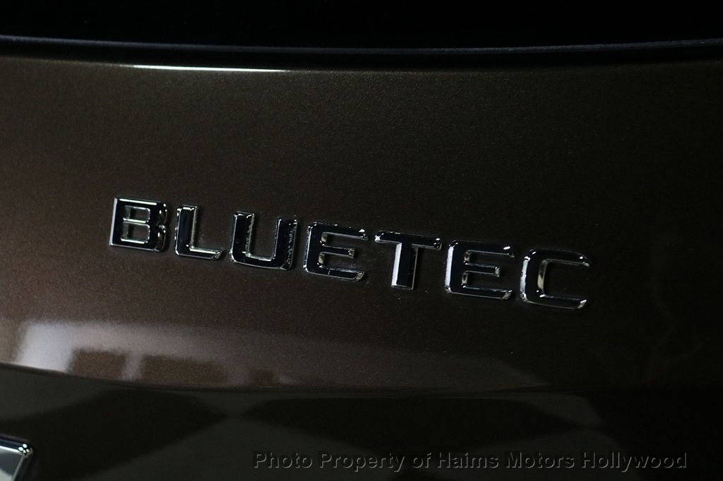 2012 Mercedes-Benz M-Class ML350 BlueTEC - 18574874 - 7