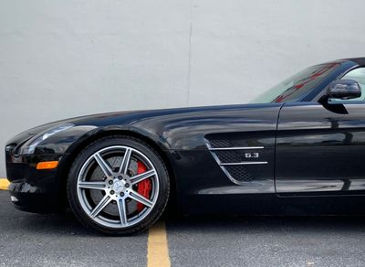 2012 Mercedes-Benz  2012 MERCEDES BENZ SLS AMG ROADSTER - Click to see full-size photo viewer