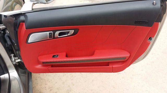 2012 Mercedes-Benz SLS AMG 2dr Roadster SLS AMG - 15792314 - 22