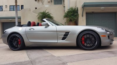 2012 Mercedes-Benz  2dr Roadster SLS AMG - Click to see full-size photo viewer