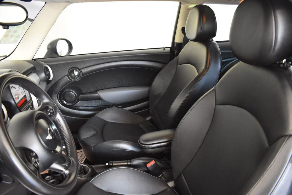 2012 MINI Cooper Hardtop 2 Door  - 18185795 - 12