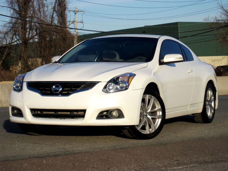 2012 Nissan Altima 2dr Coupe V6 Manual 3.5 SR - 19913694 - 2