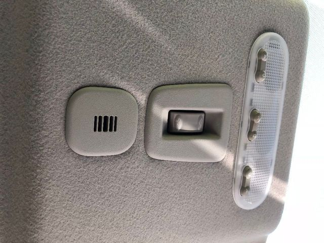 2012 Nissan JUKE 5dr Wagon CVT SL FWD - Click to see full-size photo viewer