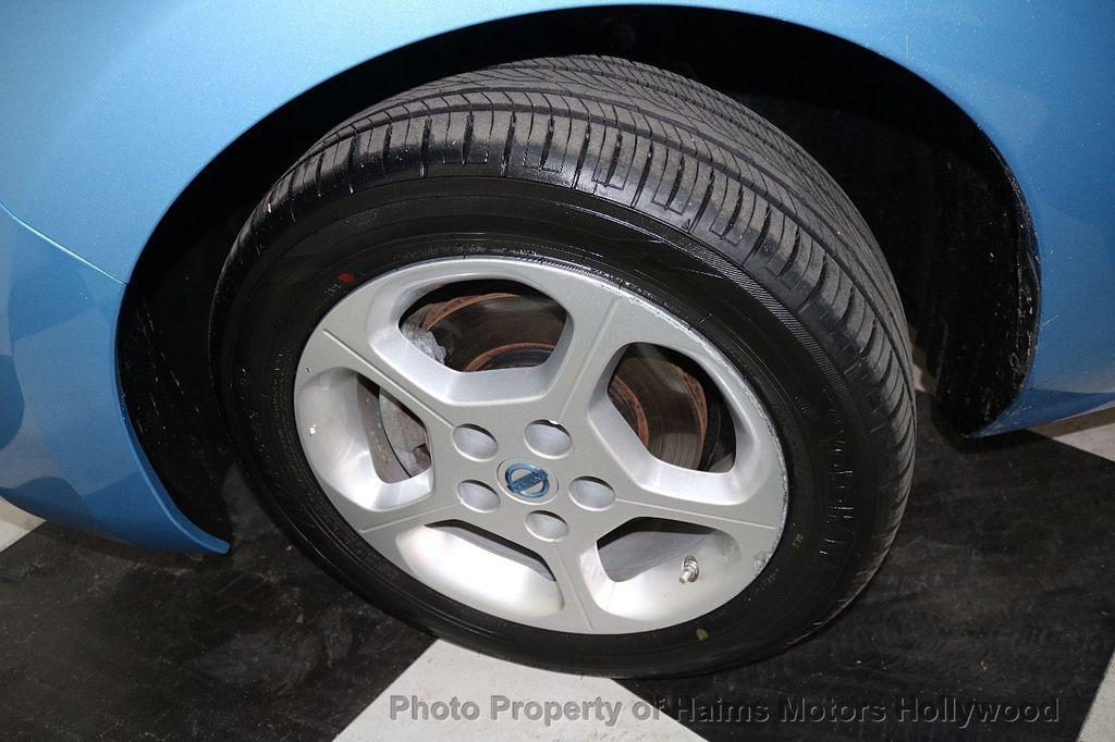 2012 Nissan Leaf  - 17943353 - 33