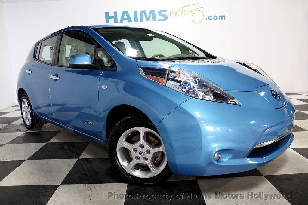2012 Nissan Leaf  - 17943353 - 3
