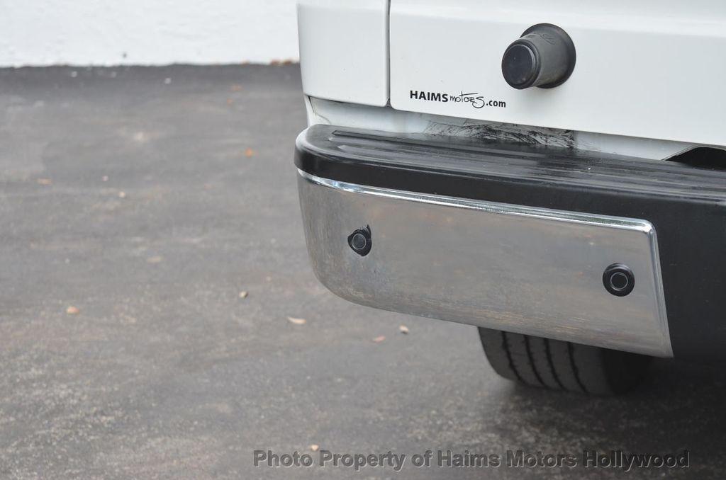 2012 Nissan NVP 3500 V6 SV - 18346487 - 15