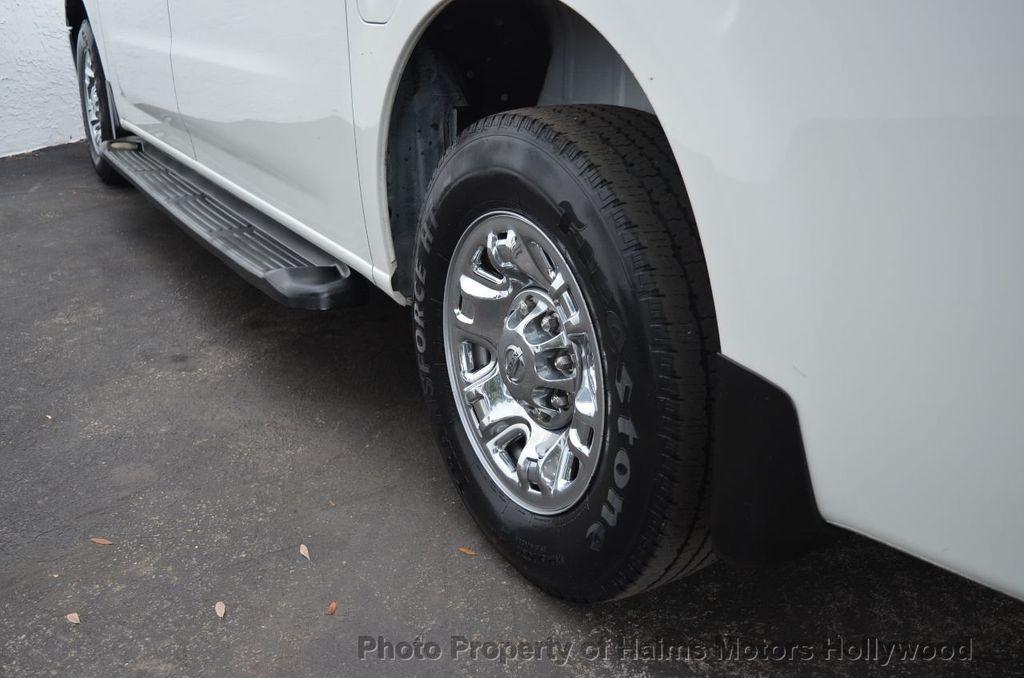 2012 Nissan NVP 3500 V6 SV - 18346487 - 16