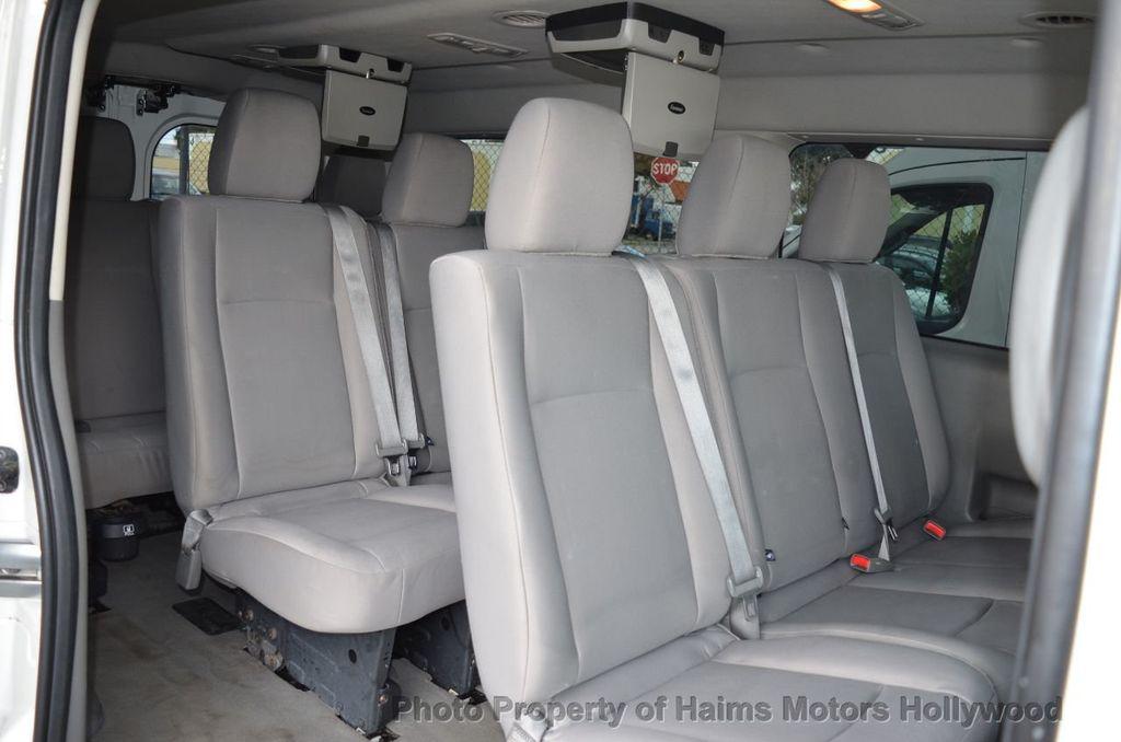 2012 Nissan NVP 3500 V6 SV - 18346487 - 23