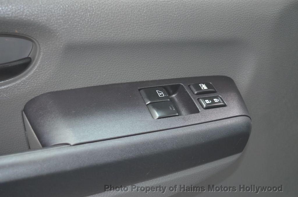 2012 Nissan NVP 3500 V6 SV - 18346487 - 27
