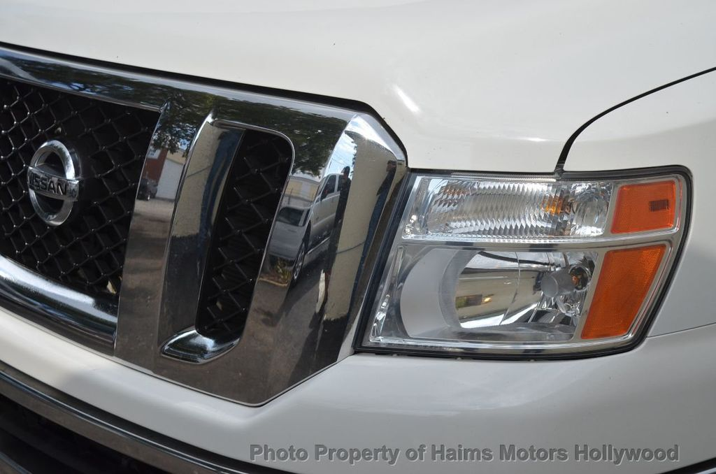 2012 Nissan NVP 3500 V6 SV - 18346487 - 2