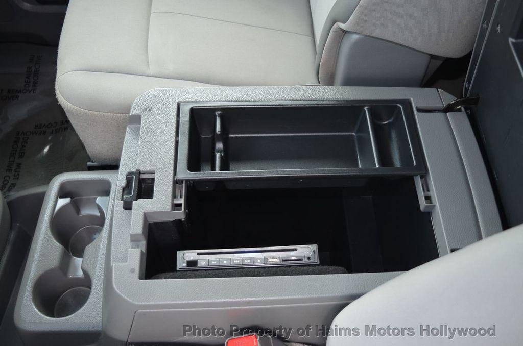 2012 Nissan NVP 3500 V6 SV - 18346487 - 40