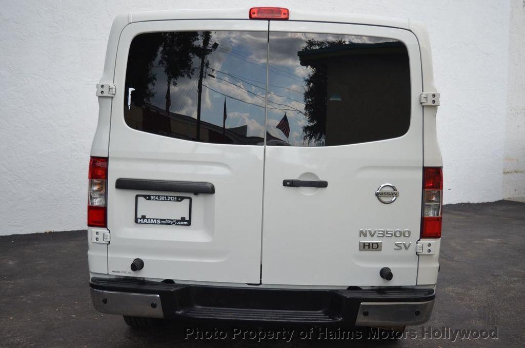 2012 Nissan NVP 3500 V6 SV - 18346487 - 8
