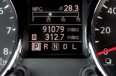 2012 Nissan Rogue FWD 4dr S - Click to see full-size photo viewer
