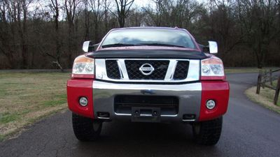 2012 Nissan Titan 4WD Crew Cab SWB SL - Click to see full-size photo viewer