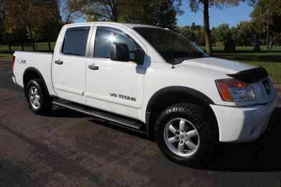 2012 Nissan Titan PRO-X SL LEATHER MOONROOF  Truck