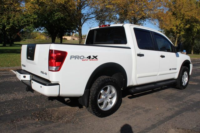 2012 Nissan Titan PRO-X SL LEATHER MOONROOF  - Click to see full-size photo viewer