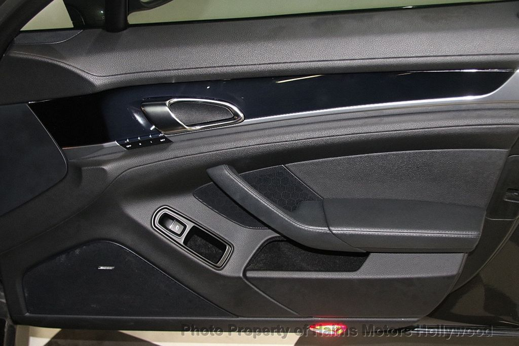 2012 Porsche Panamera 4dr Hatchback S - 17409662 - 13