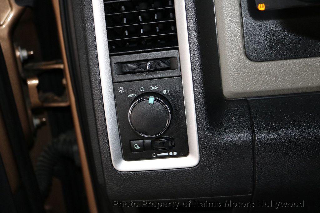 "2012 Ram 1500 2WD Quad Cab 140.5"" SLT - 18542226 - 22"