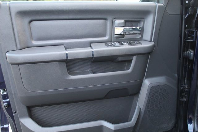2012 Ram 1500 ONE OWNER 4WD SPORT w/ TIRES - Click to see full-size photo viewer