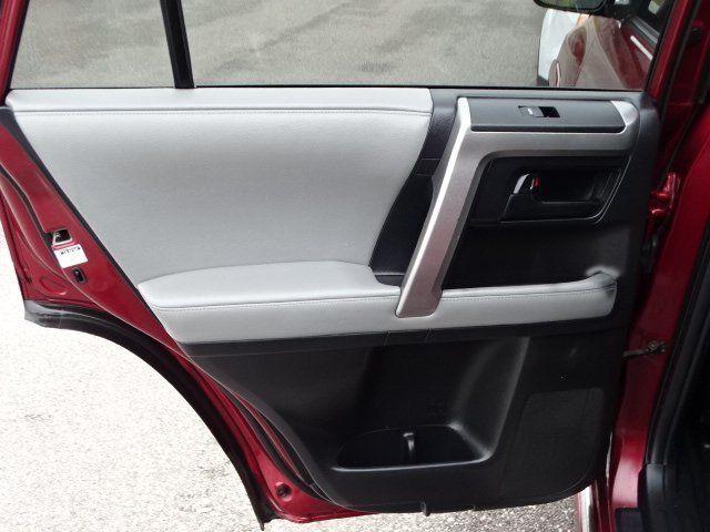 2012 Toyota 4Runner  - 18552369 - 22