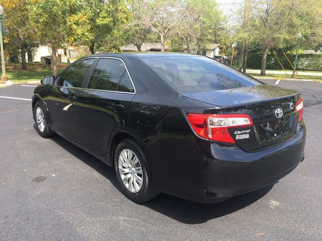 2012 Toyota Camry 4dr Sedan I4 Automatic L - Click to see full-size photo viewer
