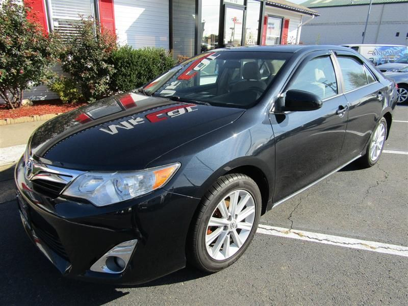 2012 Toyota Camry 4dr Sedan I4 Automatic XLE - 17551102 - 0