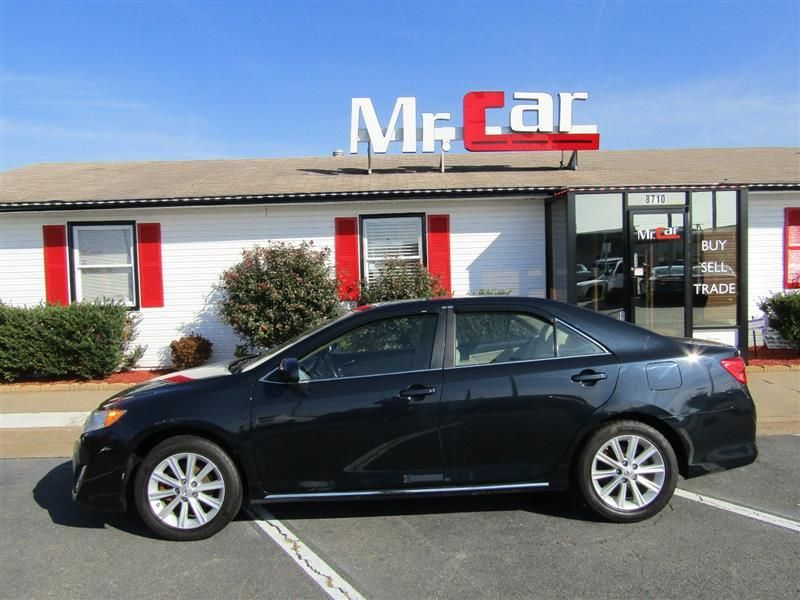 2012 Toyota Camry 4dr Sedan I4 Automatic XLE - 17551102 - 1