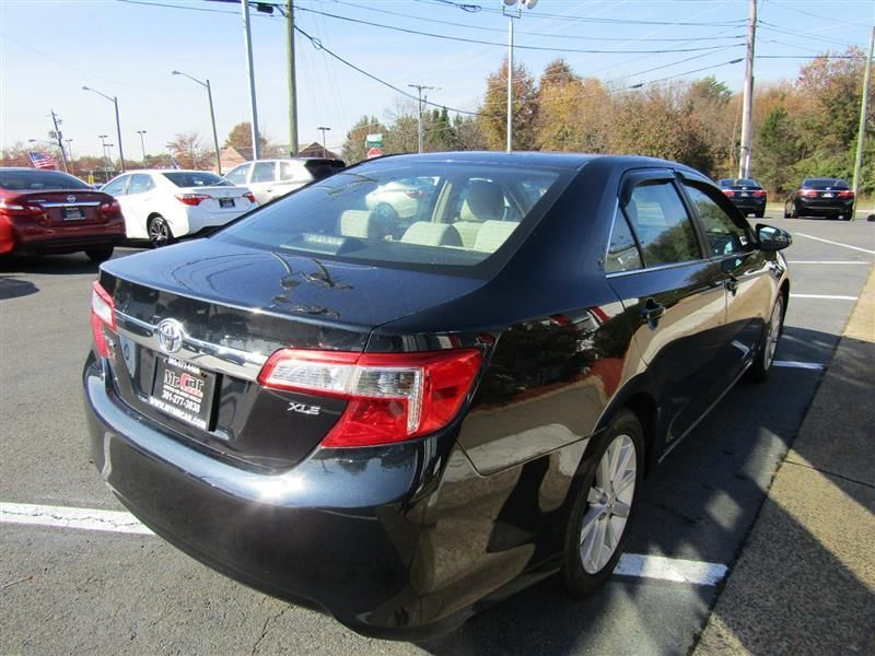 2012 Toyota Camry 4dr Sedan I4 Automatic XLE - 17551102 - 4