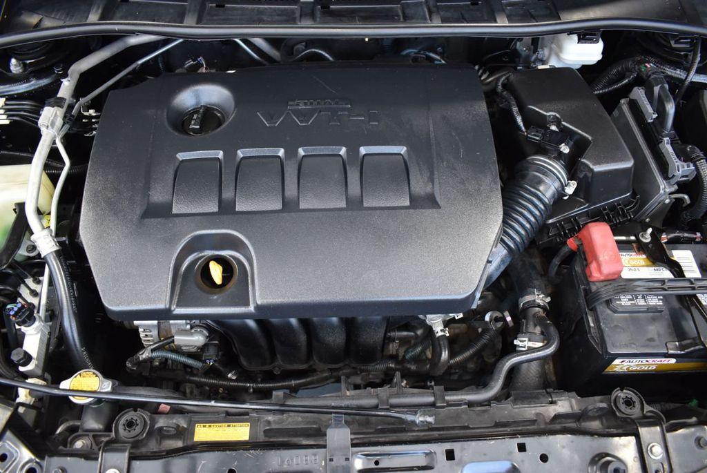 2012 Toyota Corolla 4dr Sedan Automatic LE - 18037981 - 25