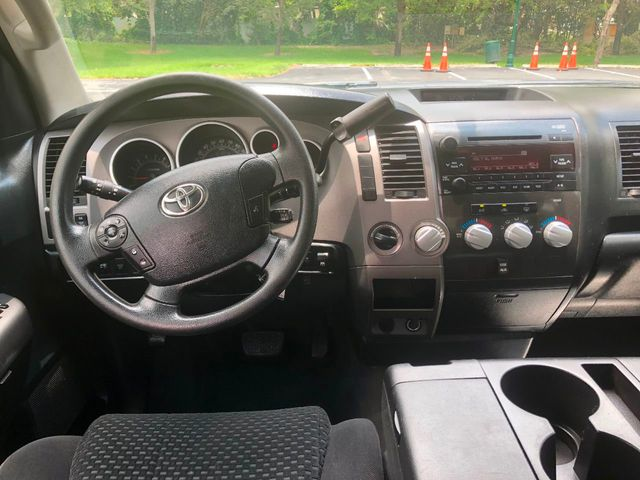 2012 Toyota Tundra CrewMax 5.7L FFV V8 6-Speed Automatic - Click to see full-size photo viewer