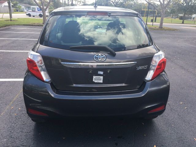 2012 Toyota Yaris  - Click to see full-size photo viewer