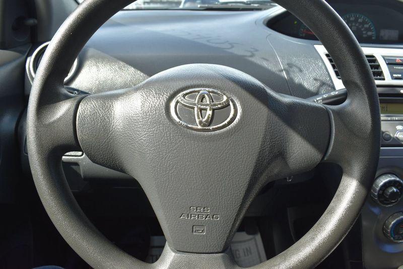 2012 Toyota Yaris 4dr Sdn AutoAuto - 14419898 - 17
