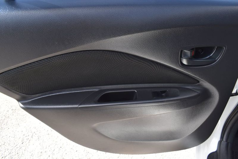 2012 Toyota Yaris 4dr Sdn AutoAuto - 14419898 - 18