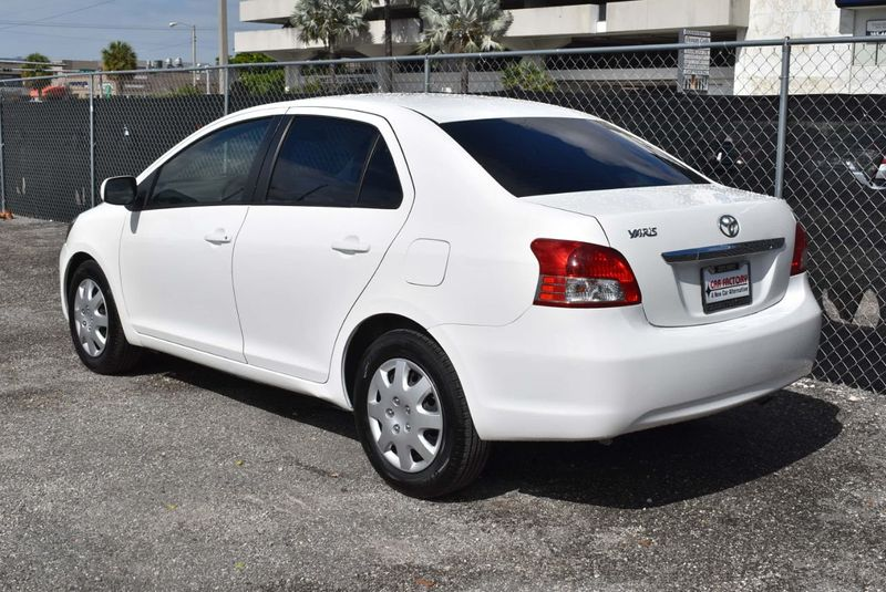 2012 Toyota Yaris 4dr Sdn AutoAuto - 14419898 - 3