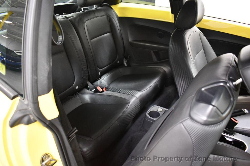 2012 Volkswagen Beetle 2dr Coupe Automatic 2.5L - 18561741 - 12