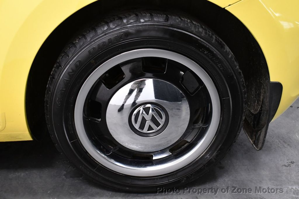 2012 Volkswagen Beetle 2dr Coupe Automatic 2.5L - 18561741 - 23