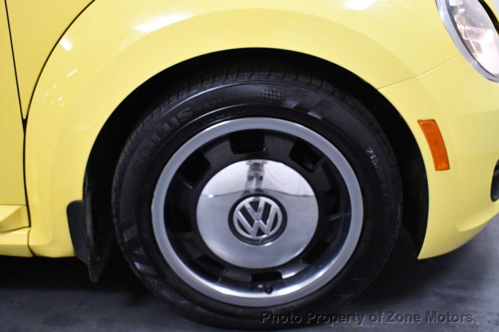 2012 Volkswagen Beetle 2dr Coupe Automatic 2.5L - 18561741 - 25