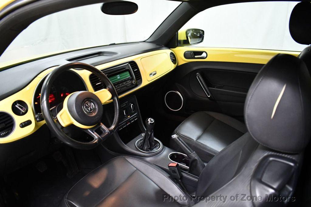 2012 Volkswagen Beetle 2dr Coupe Automatic 2.5L - 18561741 - 6