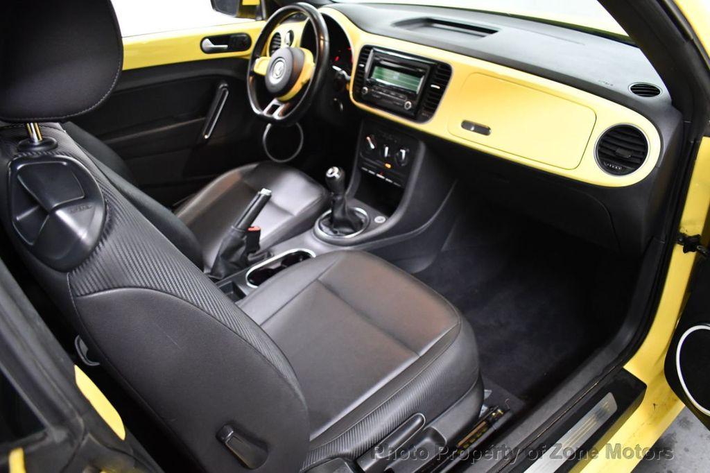 2012 Volkswagen Beetle 2dr Coupe Automatic 2.5L - 18561741 - 7