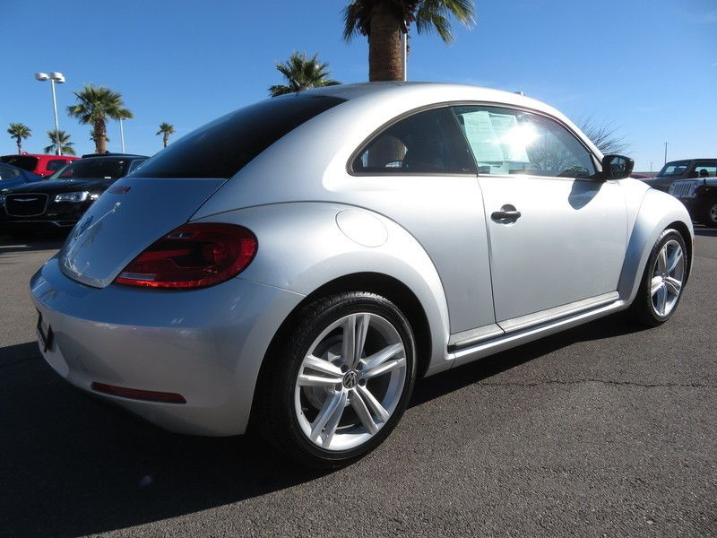 2012 Volkswagen Beetle 2dr Coupe Automatic Entry PZEV *Ltd Avail* Coupe - 3VWFP7ATXCM616942 - 11